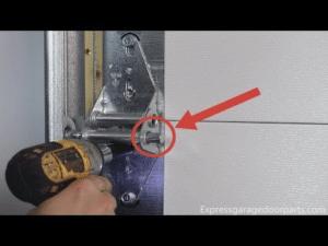 damaged garage door Aurora